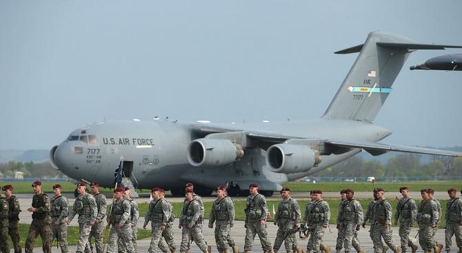 САЩ ще изпратят допълнителни войски в Саудитска Арабия и ОАЕ