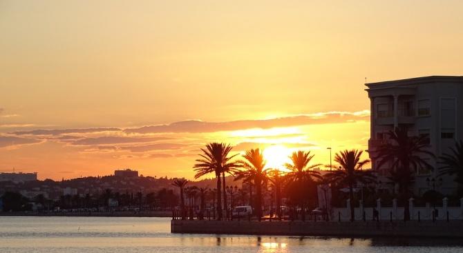 Британски туристи са заложници в хотел в Тунис заради неплатени сметки