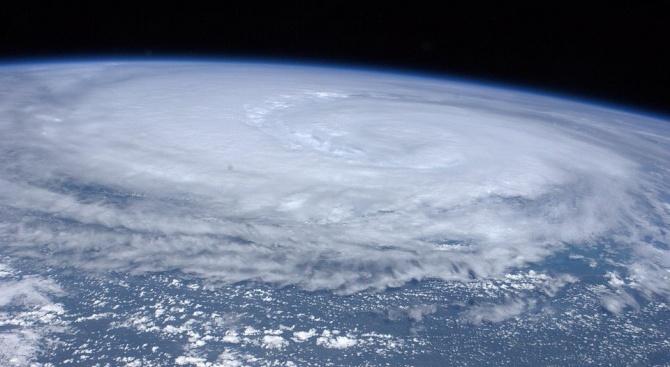 Мощен тайфун причини щети в Южна Корея