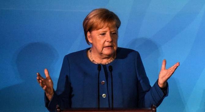 Меркел се срещна с Грета Тунберг в кулоарите на срещата на върха на ООН за климата