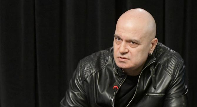 Слави Трифонов със силни думи в памет на Любомир Левчев