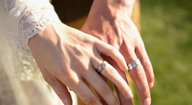 Украинец се ожени за своя баба, за да не отиде в казармата