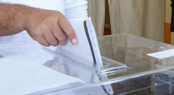 Шестима кандидати ще се състезават за кметското място в Попово