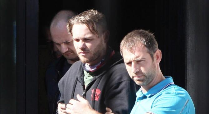 Джок Полфрийман остава в дома в Бусманци до окончателно решение на съда