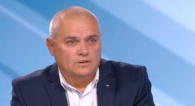 """Валентин Радев: Пожарът в """"Дунарит"""" е инцидент"""