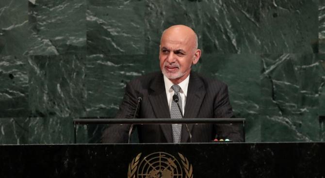 Президентът на Афганистан Ашраф Гани призова талибаните да уважат исканията на народа на страната