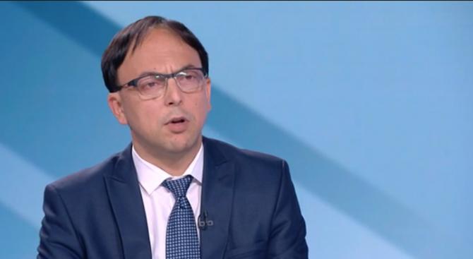 Депутат от ВМРО: БХК мълчат за изнасилваните старци, а хленчат за изнасилвачи и убийци