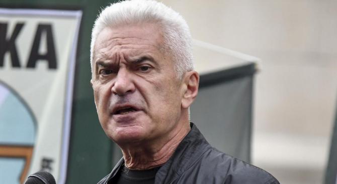 Волен Сидеров ще съди БНТ