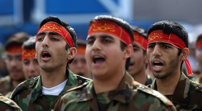 Иранските власти са осуетили опит за убийство на висш военен