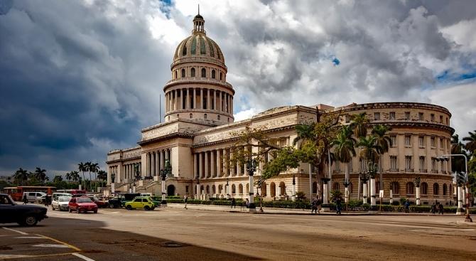 Медведев обеща на Куба, че винаги може да разчита на руската подкрепа