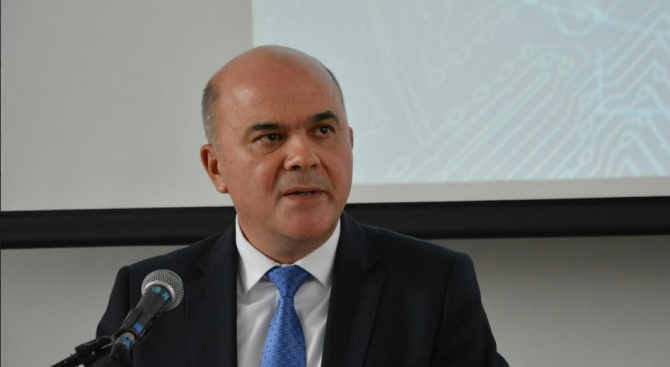 Бисер Петков: Необходимо е непрекъснато инвестиране в уменията на работната сила