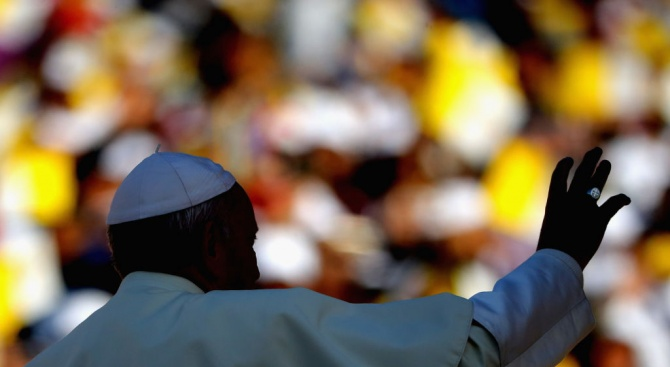 """Папа Франциск призова за """"смели дебати"""" за недостига на свещеници в Амазония"""