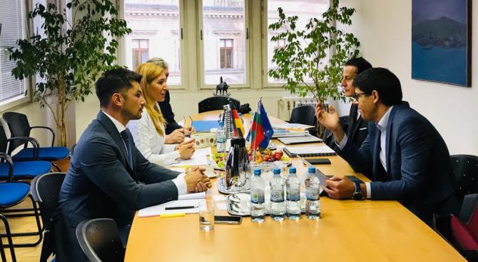 Министър Ангелкова е на работно посещение в Германия