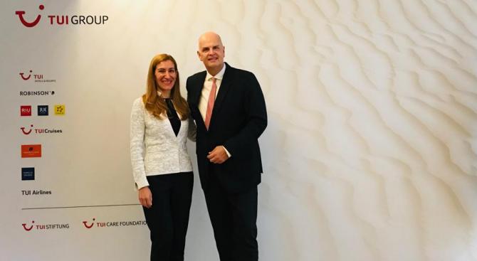 Министър Ангелкова проведе в Берлин работна среща с Томас Елербек, член на изпълнителния съвет на TUI Group за подготовката на сезон 2020 г.