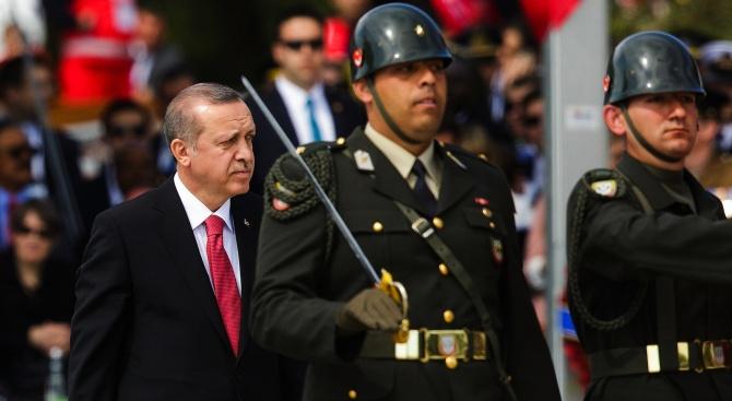 Канцеларията на Ердоган: Наши военни и сирийската опозиция скоро ще пресекат границата между Турция и Сирия