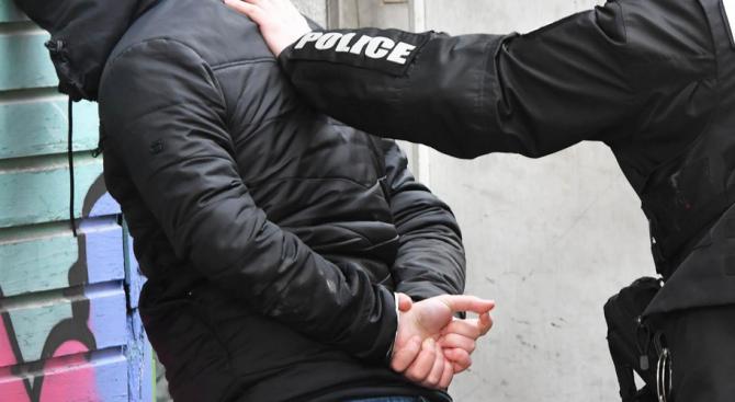 Арестуваха във Варна българка и британец, издирвани в Палма де Майорка за тежки криминални престъпления