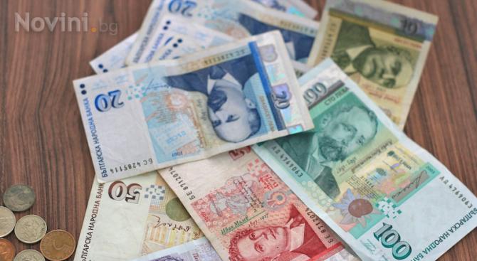 Средният осигурителен доход за страната за август 2019 г. е 972,20 лева