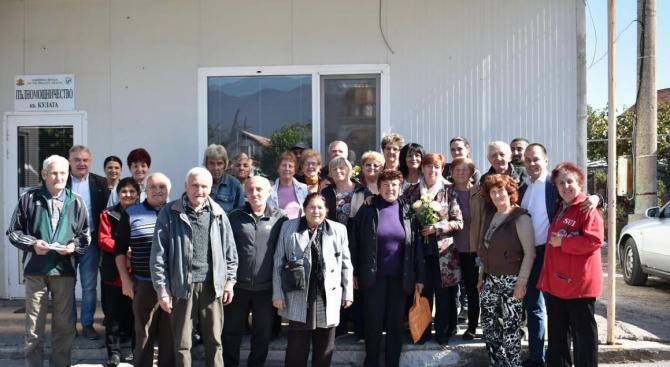 """Жители на кв. """"Кулата"""" във Враца към Калин Каменов: Свършеното в последните 4 години е вашата визитна картичка"""
