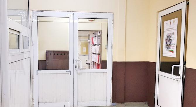 Откриха родителите на изоставеното бебе в София