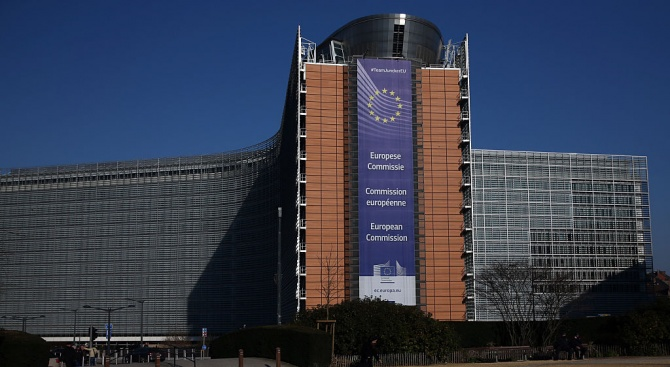 ЕК предава Полша на Съда на ЕС