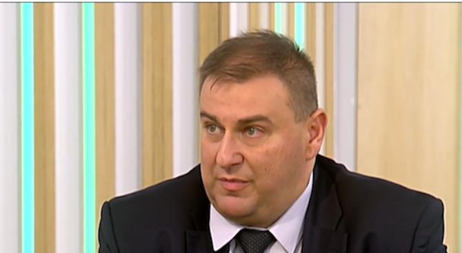 Емил Радев: Ако спрем плащанията към Турция, не наказваме правителството, а хората избягали от война
