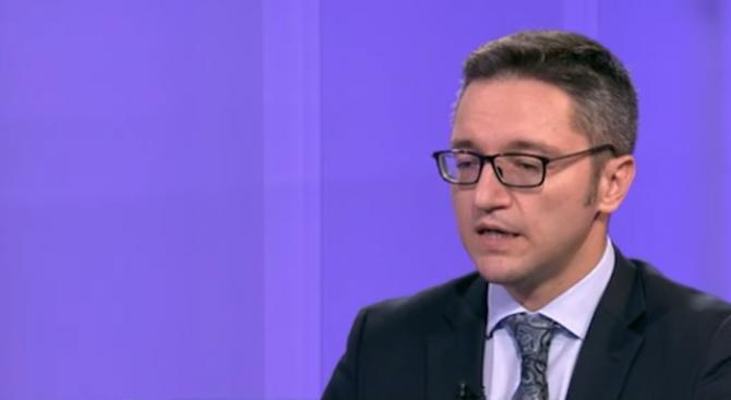Вигенин: Не изнудваме Северна Македония