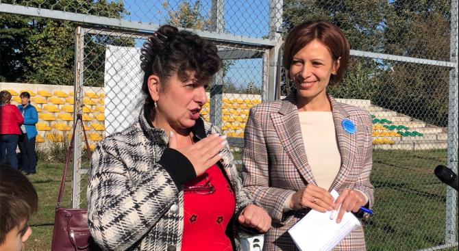 Кандидат-кметът на Добрич от ГЕРБ Надежда Петкова откри Ежегодния турнир по футбол за глухи за Североизточна България