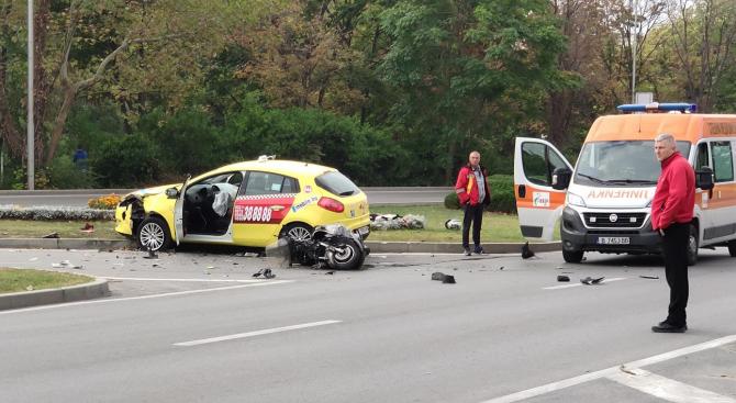 Тежка катастрофа във Варна със загинал