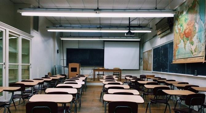 Във Велико Търново 37 млади учители са започнали работа