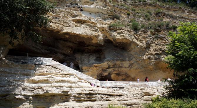 Дух на монах пази Аладжа манастир