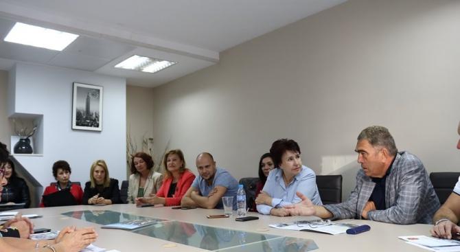 Камарата на строителите към кандидат-кмета на Перник Вяра Церовска: Спечелихте нашето доверие