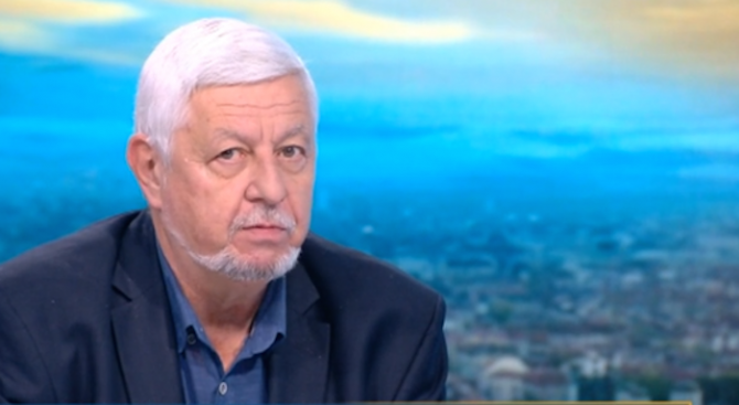 Борис Касабов: Оставката на Боби Михайлов бе очаквана, не съм гледал толкова безпомощен и жалък национален отбор