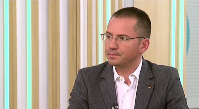 Ангел Джамбазки: Трябва да се наложи ред в София