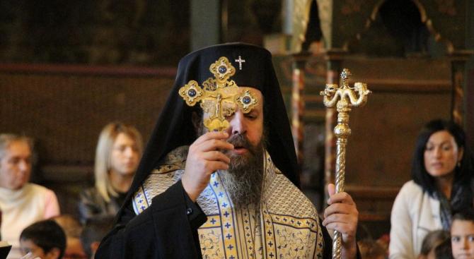 Митрополит Серафим откри новата учебна година по вероучение в Банско