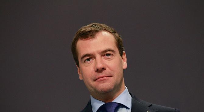Медведев: Не трябва да бъде допускано едностранно преначертаване на картата на Балканите