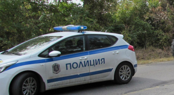 Полицията в Ямбол издирва 32-годишен мъж