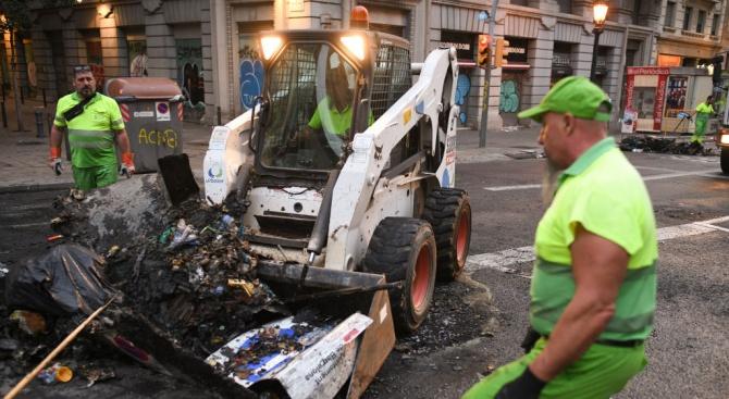 Над 180 души са пострадали при протестите в Барселона