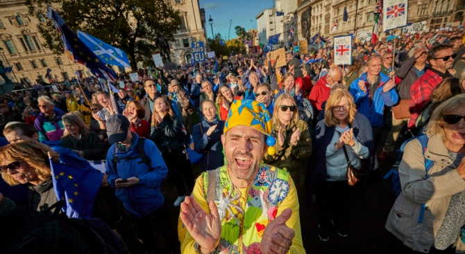 В протеста срещу Брекзит в Лондон участваха над един милион души