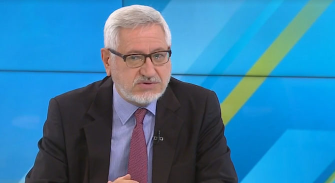 Проф. Димитров: Отложените преговори със С. Македония не е чак толкова страшен сигнал
