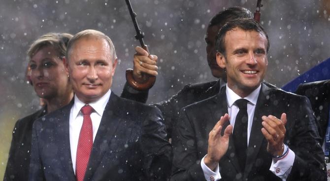 Путин и Макрон обсъдиха положението в Североизточна Сирия и Украйна