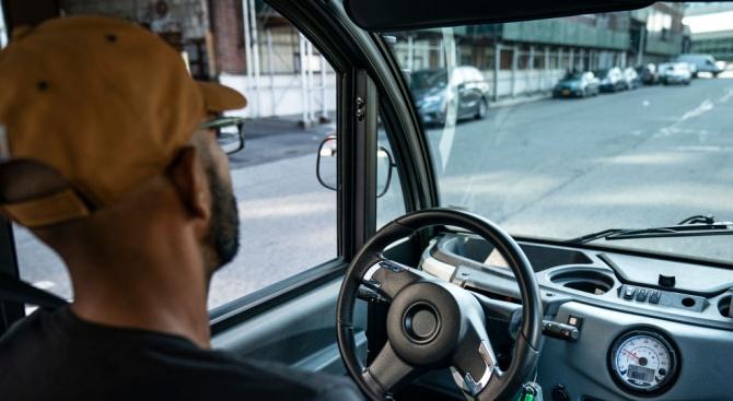Водачът на училищния автобус, който бе хванат пиян, твърди, че не е консумирал алкохол