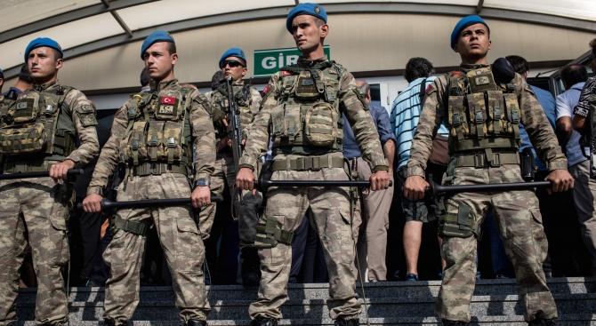 Турция: Европа трябва да ни е благодарна за Извор на мира