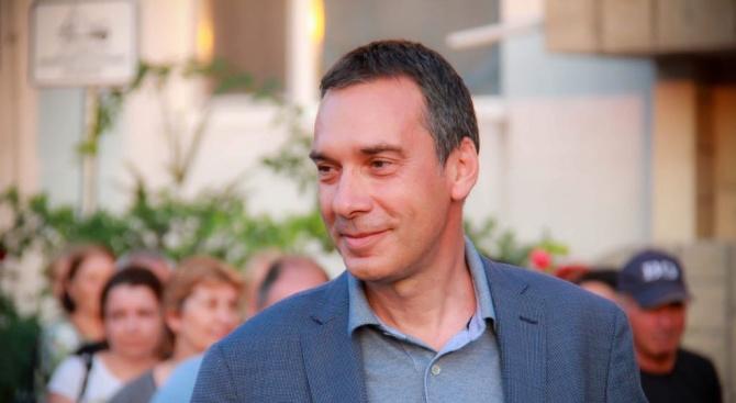 Димитър Николов, кандидат за кмет на Бургас: Стартирам нова програма за кварталите със засилен контрол по поддръжката им