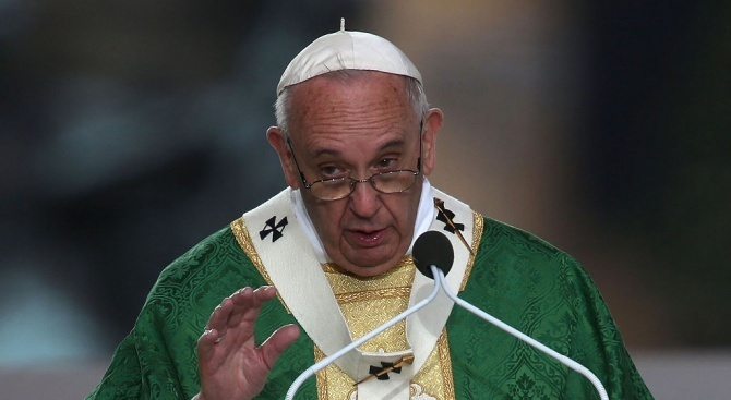 Папа Франциск призова за край на насилието в Чили