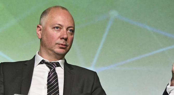 """Росен Желязков с коментар за разпространението на вестници и списания от """"Български пощи"""""""