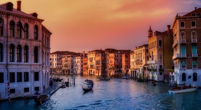 Венеция с входен билет от 1 юли догодина