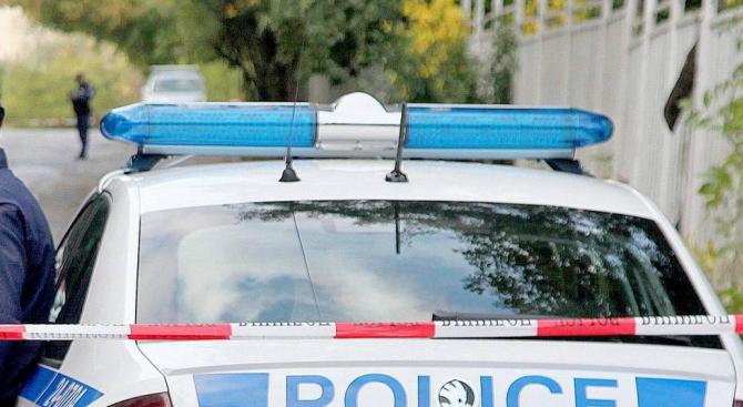 Кола блъсна и уби 42-годишна жена
