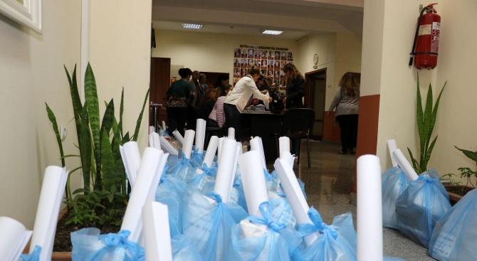 Избирателните комисии в Хасково получиха изборните материали