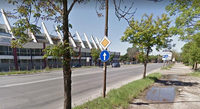 Все още не е заловен шофьорът, убил велосипедист в столицата