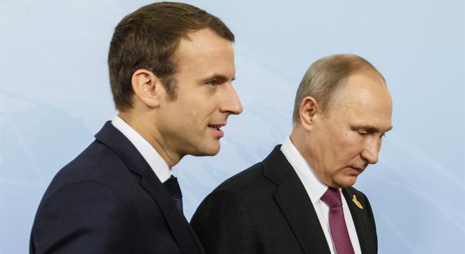 В телефонен разговор Путин и Макрон са обсъдили резултатите от срещата на високо равнище Русия-Африка